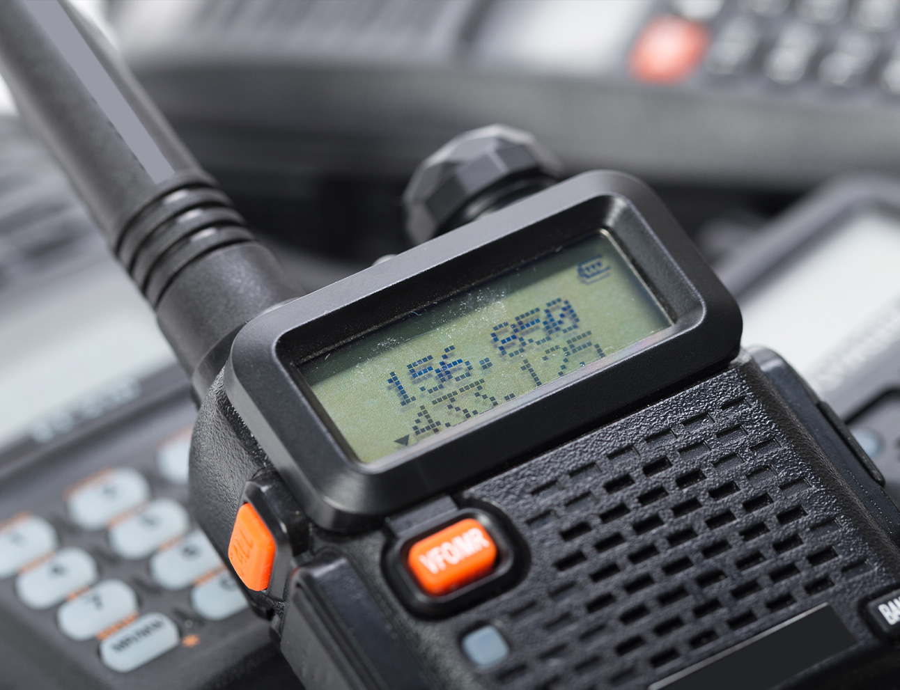 Two Way Radios for Team | Two Way Radios for Security, Safety and Business - Fast Radios, Inc.